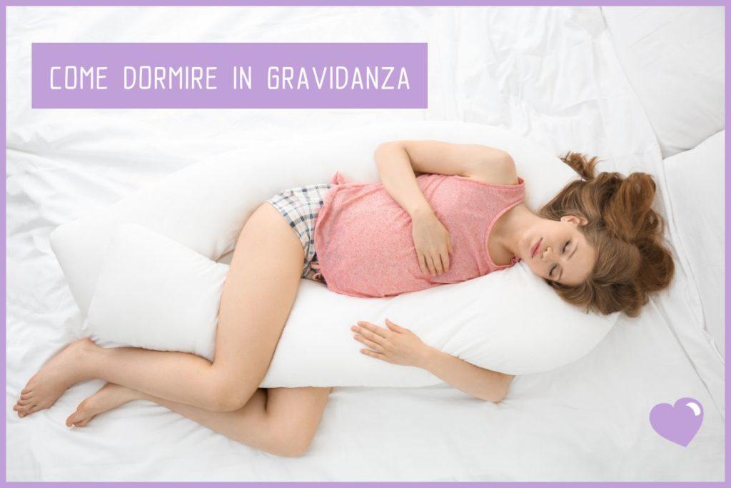 Dormire Con Il Cuscino Tra Le Gambe.Scopri Come Dormire In Gravidanza I Pro E I Contro Delle